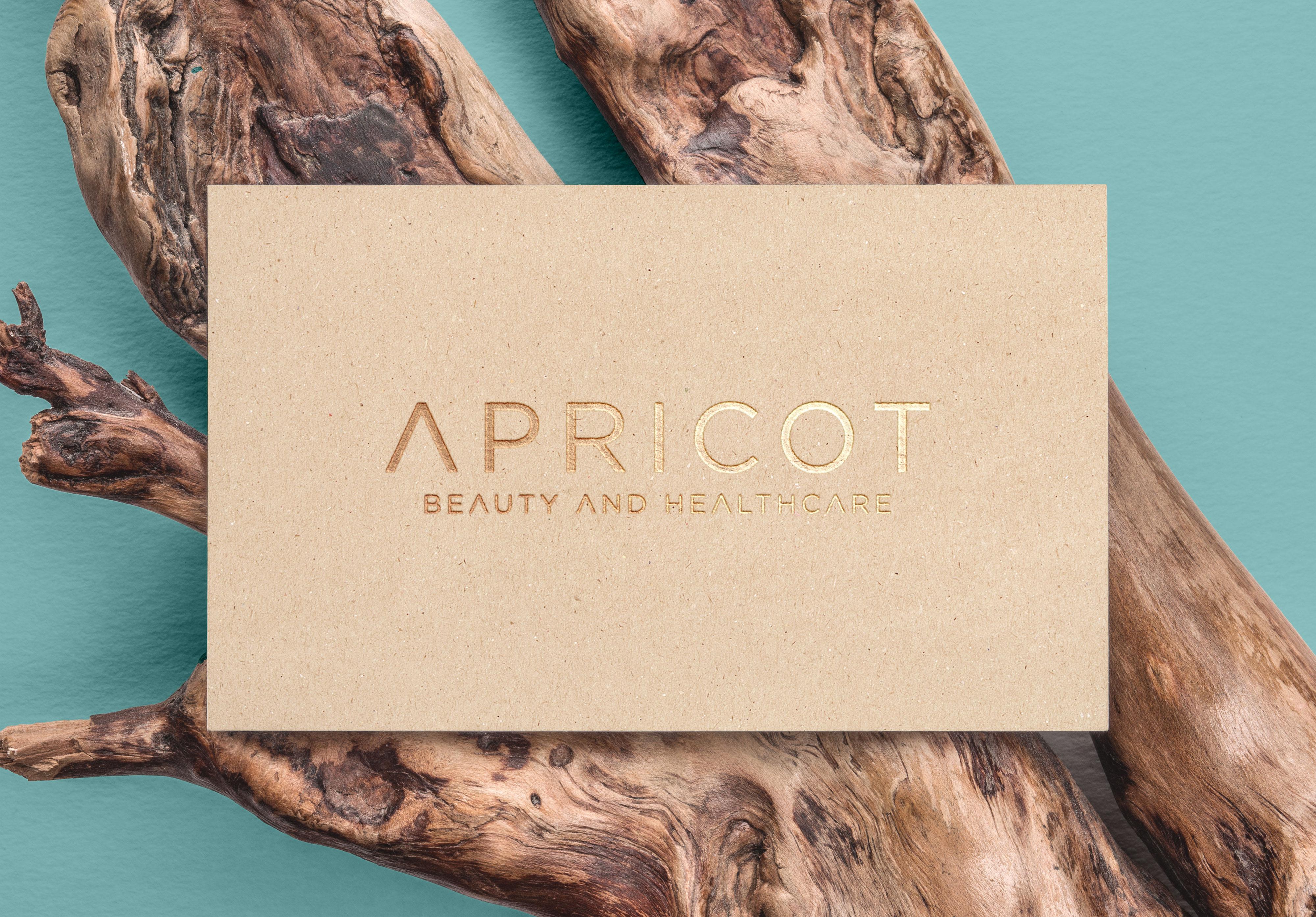 2_Apricot_Beauty_Claudia_Nothhelfer_Logo